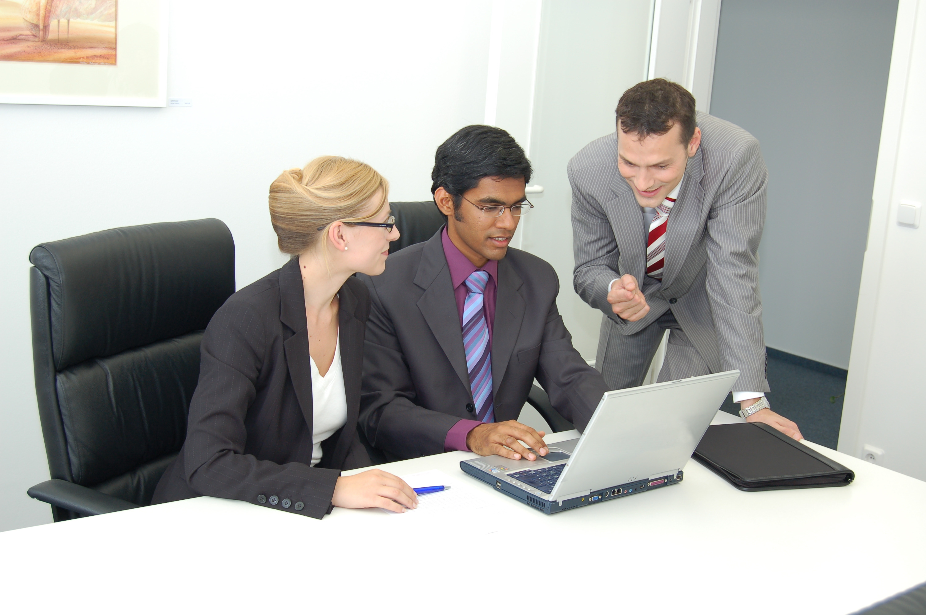 how to manage difficult people at work