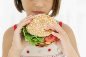 Girl-eating-burger-jpg