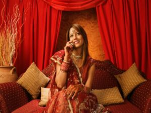 Essential-beauty-tips-for-corporate-brides