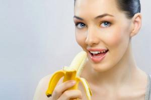 Woman-with-banana-jpg